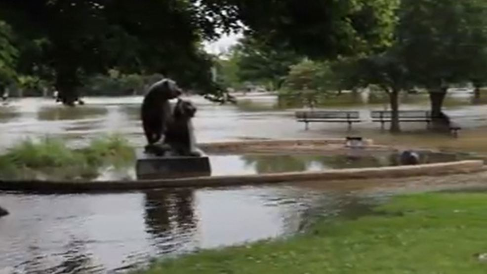 Tulsa Zoo closed as surrounding Mohawk Park floods | KTUL