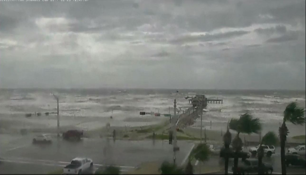 Hurricane Harvey: The latest from Galveston (Sinclair Broadcast Group)