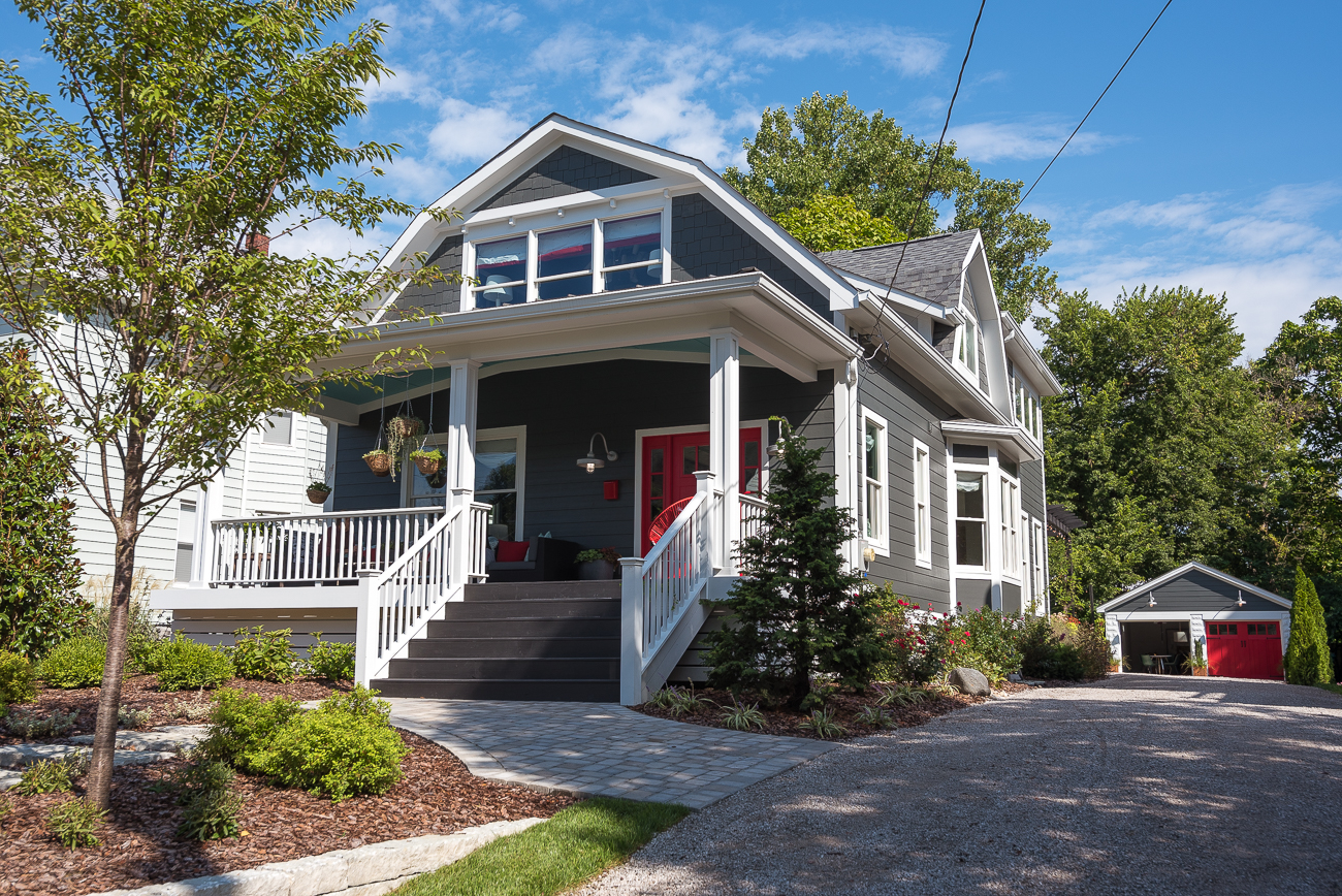 <p>THE 2018 URBAN OASIS HOUSE (Oakley): HGTV renovated an old home in Oakley into an absolute stunner this past year as part of its 2018 Urban Oasis sweepstakes. While the specific history of the home doesn't involve the likes of 19th century wealthy Cincinnatians, it includes some of the boldest paint jobs and most exquisite furnishings we've seen. It's currently awaiting the announcement of its future owner!/ Image: Phil Armstrong, Cincinnati Refined // Published: 11.7.18</p>
