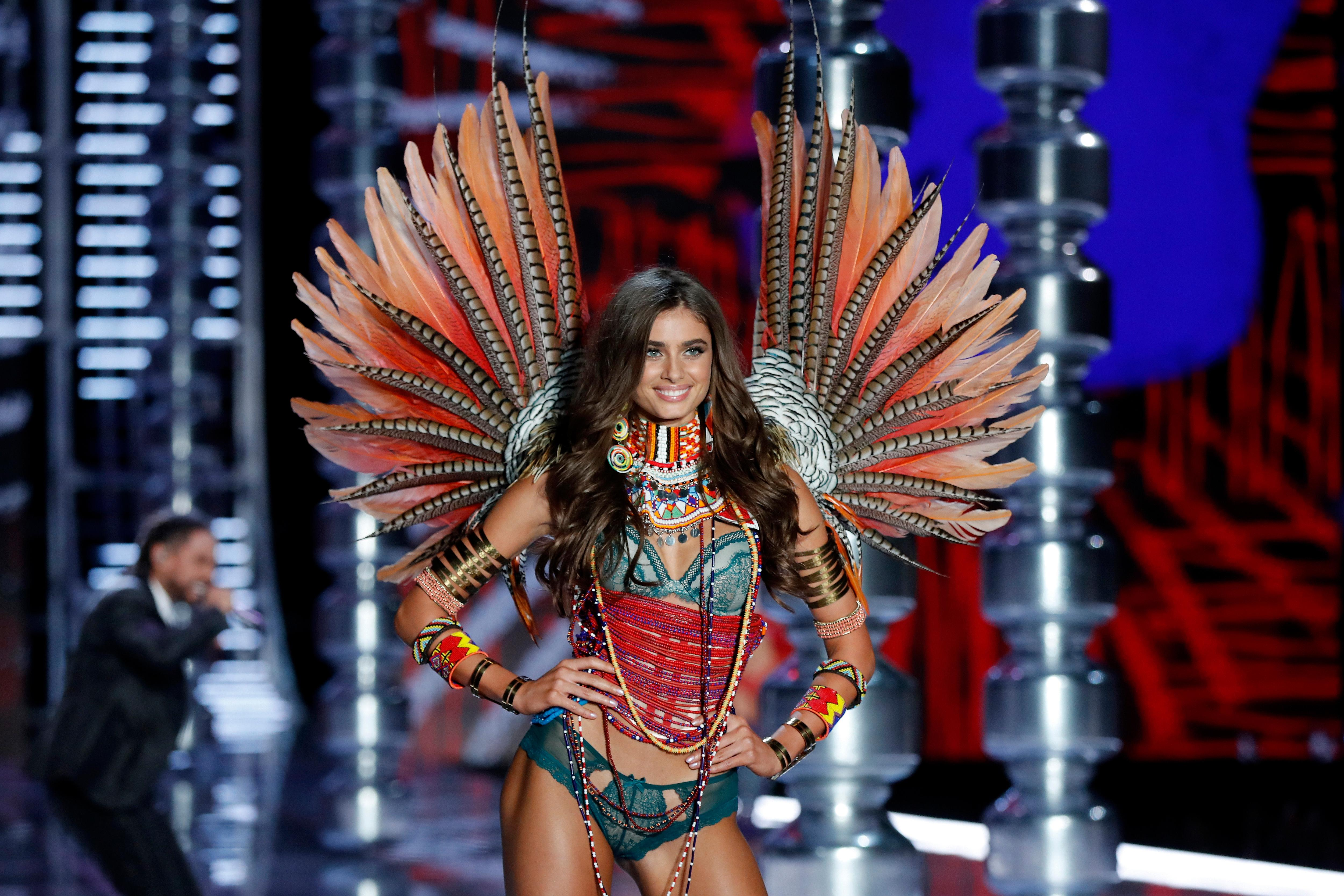 Model Taylor Hill wears a creation during the Victoria's Secret fashion show at the Mercedes-Benz Arena in Shanghai, China, Monday, Nov. 20, 2017. (AP Photo/Andy Wong)