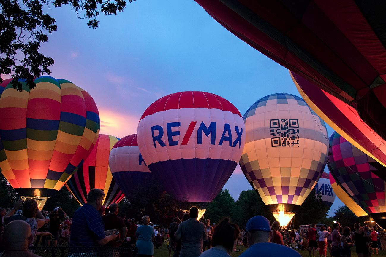 The 19th annual LaRosa's Balloon Glow took place on Tuesday, July 3 at Coney Island. Hot air balloons illuminated the sky followed by a finale by Rozzi's Famous Fireworks. To add to the fun, Coney Island's rides and attraction stayed open until 11:00 PM. / Image: Alison McAdams // Published: 7.4.18