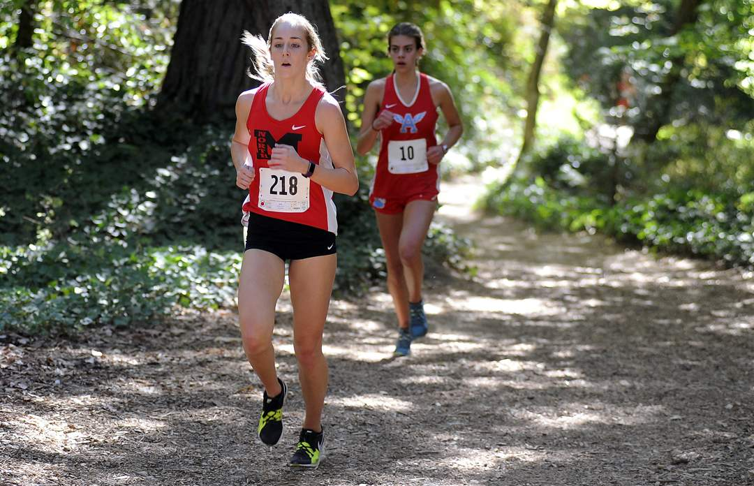 State of Jefferson Cross Country meet in Ashland's Lithia Park 9-30-17. Girls Varsity Race - Andy Atkinson