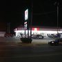 Man hospitalized after shooting outside Oklahoma City convenience store