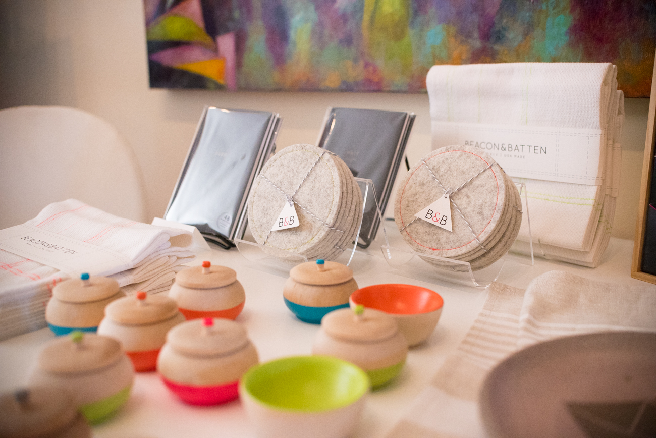Mini wooden bowls and jars by Paragraph Loop, industrial felt coasters and cotton dish towels by Beacon & Batten, and letterpress notepads by Pistachio Press / Image: Phil Armstrong, Cincinnati Refined / Published: 11.12.16