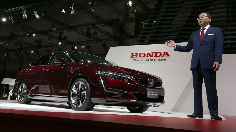 Green Selfdriving Cars Take Center Stage At Tokyo Auto Show WTTE - Honda center car show