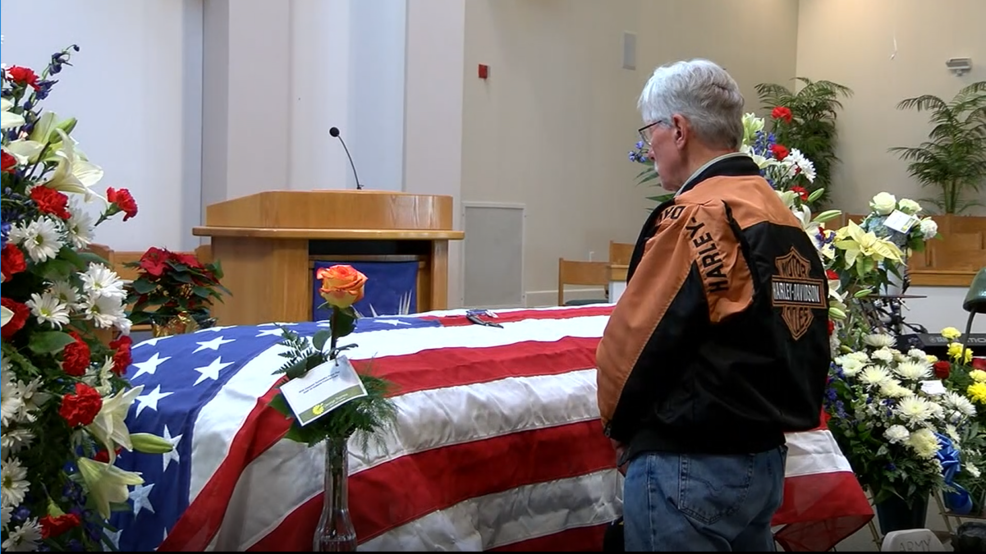 Dozens attend funeral for Indiana veteran with no known family