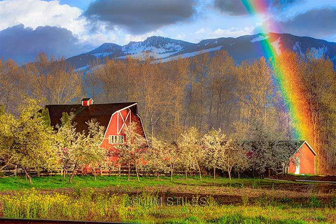 Springtime Rain Squall Rainbow Sultan, Washington(Photo: Jim Stiles)