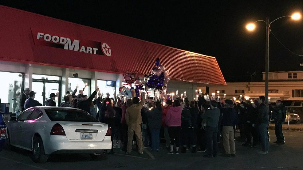 Kelso clerk killed in robbery remembered at candlelight