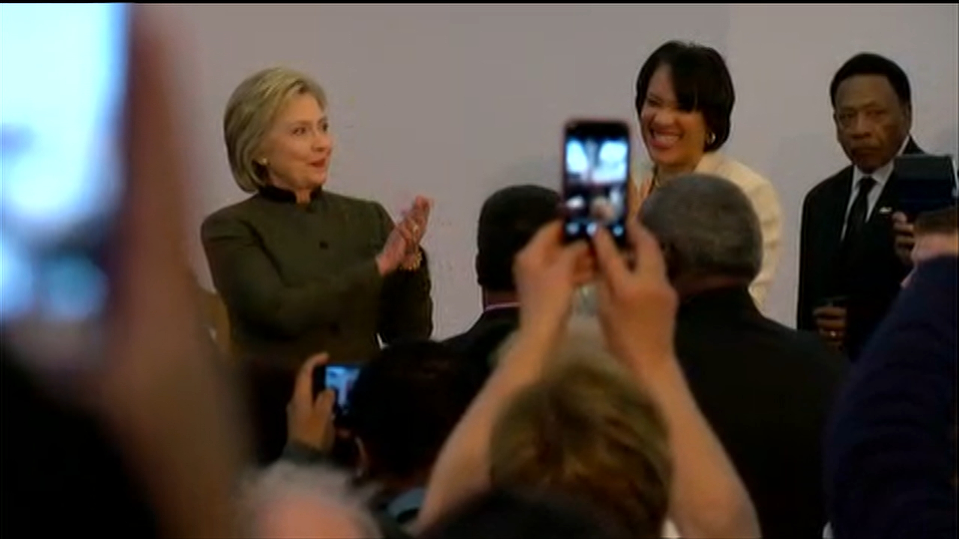 "Flint Mayor Karen Weaver endorsed Clinton last month, saying, ""Only one presidential candidate--Democrat or Republican--has reached out and asked, 'What can I do? How can I help?' And that's Hillary Clinton."" (Photo: Malik Ali / WEYI)"