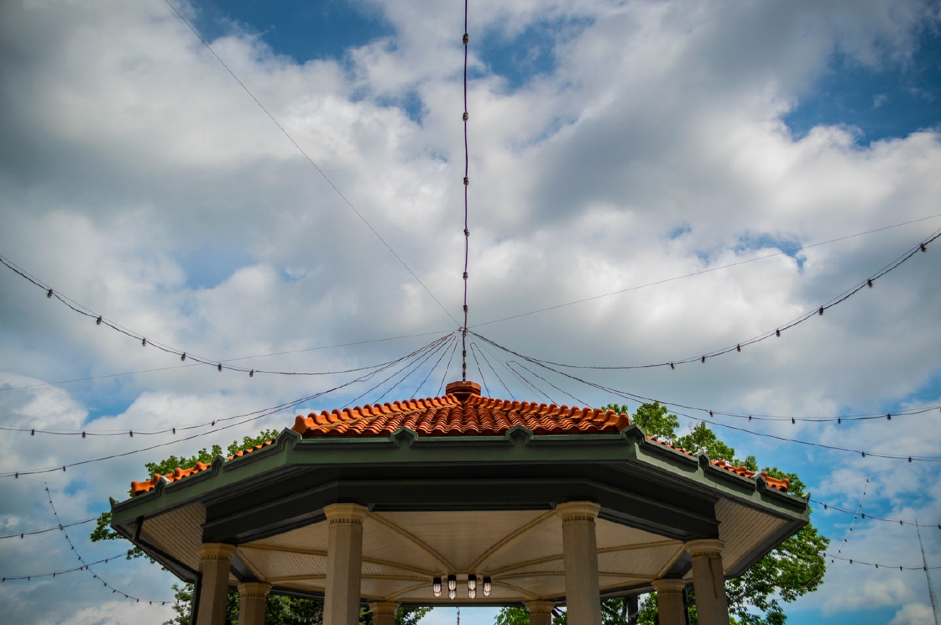 The city meets the sky at Washington Park's gazebo / Image: Phil Armstrong, Cincinnati Refined