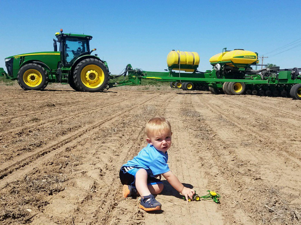 "Luther Farms shares this, saying ""can someone get this kid some corn?"" (Luther Farms)"