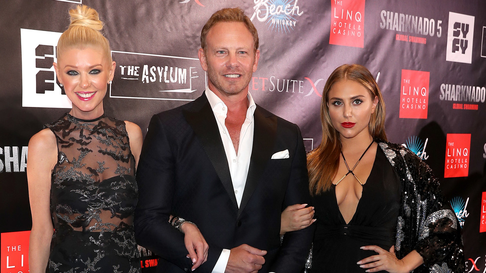 Stars walk the blue carpet at 'Sharknado 5' premiere