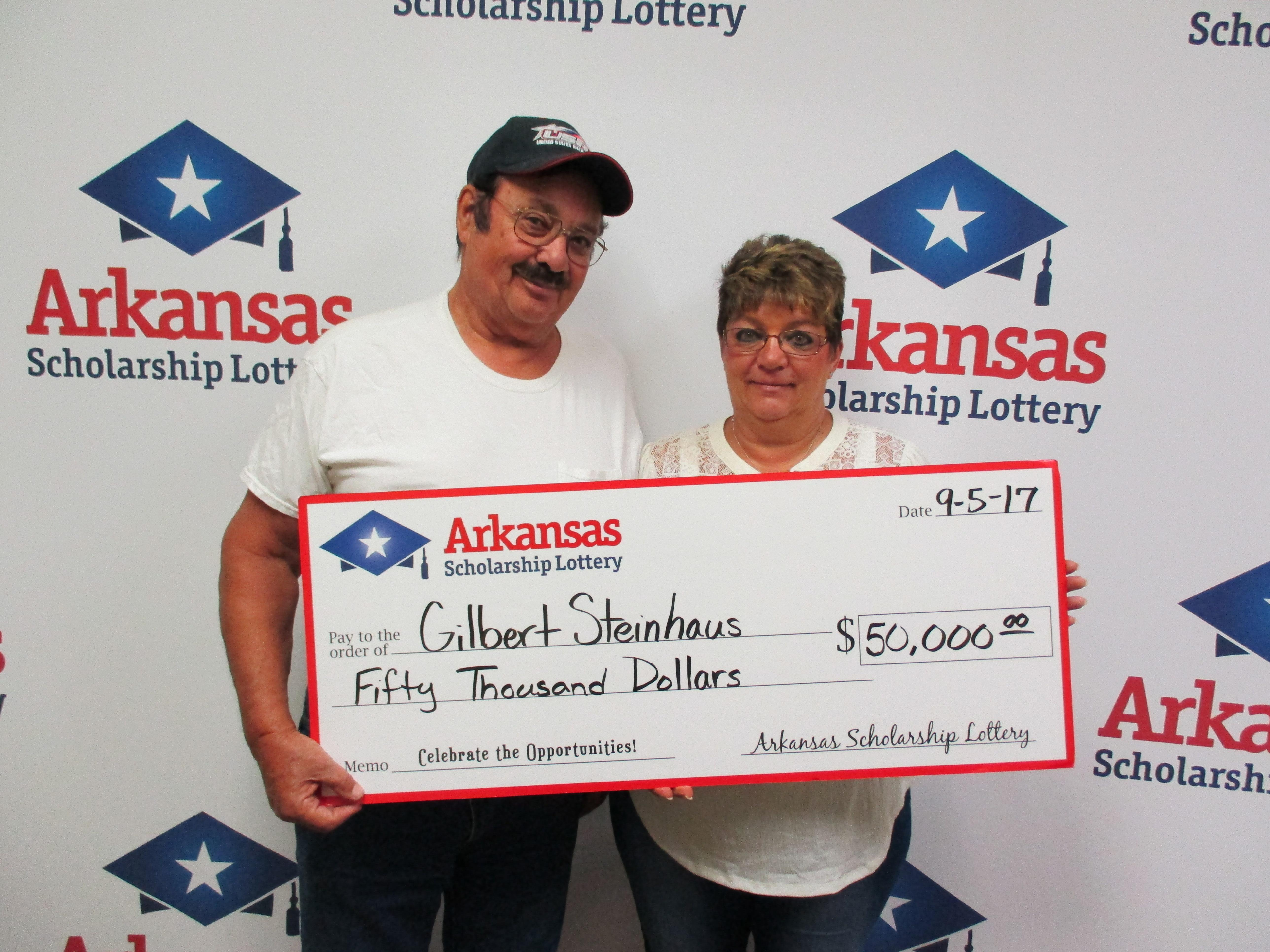 "Gilbert Steinhaus of Mountain Home took a $50,000 win  off of a $20 ""$50K Cash"" ticket bought at the EZ Mart in Mountain Home. (Photo courtesy: Arkansas Scholarship Lottery)"