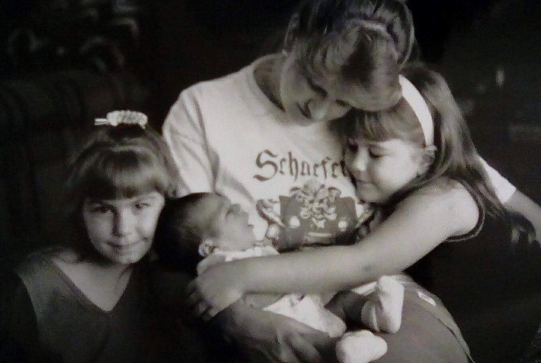 Jeannine Schaeffer and her daughters Michelle, Elaina, and Ellie (Photo courtesy of Jeannine Schaeffer)<p></p>