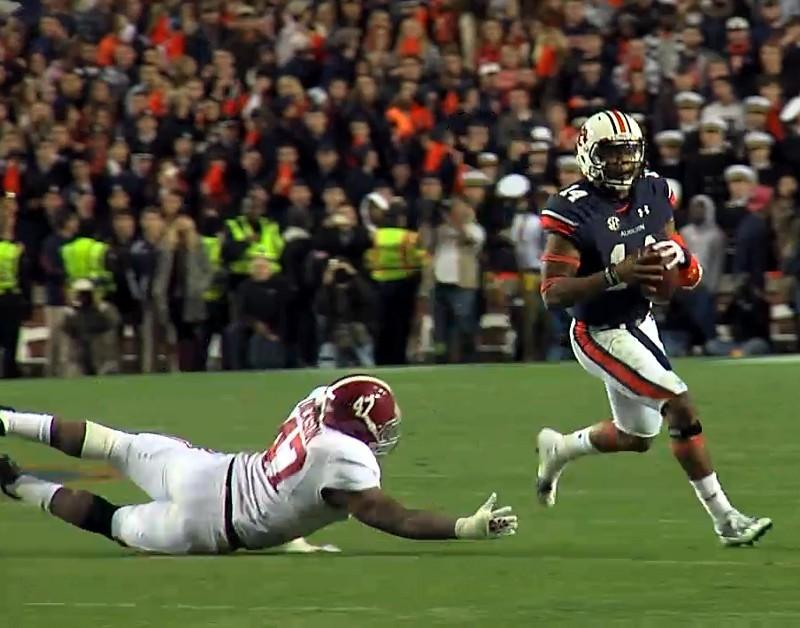 Chris Davis returned a missed field-goal attempt more than 100 yards for a touchdown on the final play to lift No. 4 Auburn to a 34-28 victory over No. 1 Alabama on Saturday.