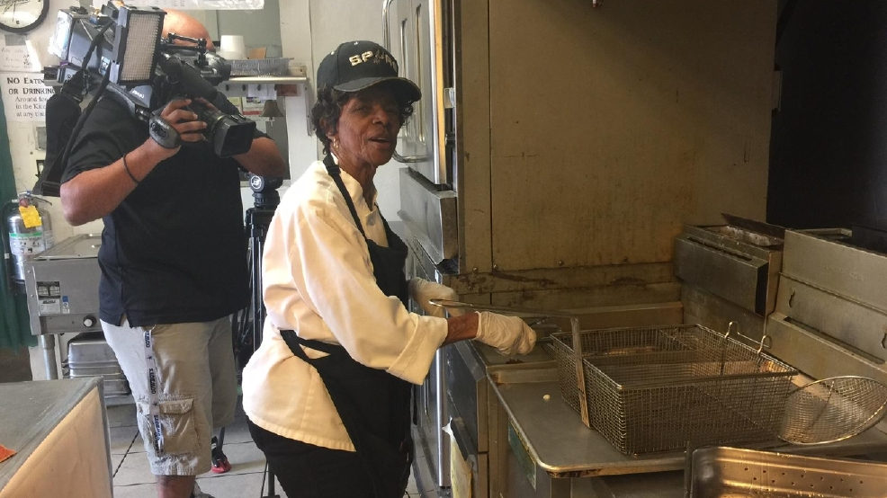Restaurant Owner 86 Honored For Giving Second Chances Kabb