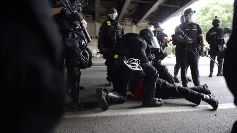 Photos: Dueling demonstrations clash along Portland's waterfront