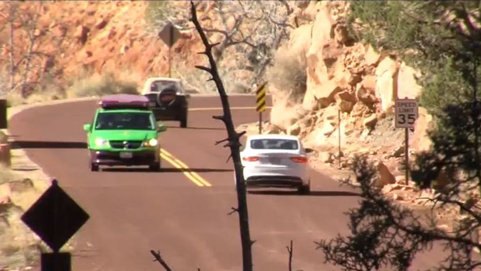 Zion bryce canyon parks report record number of visitors for Zion motors st george