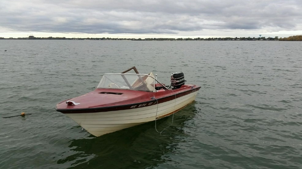 Us coast guard finds 3 missing boaters in western lake for Lake erie pier fishing