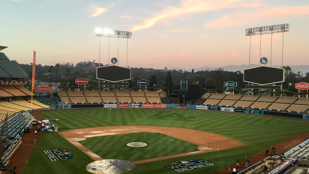 baseball Dodgers stadium AP18621.jpg