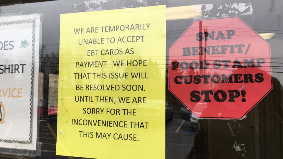 Government Shutdown Impacting Local Grocery Store Canrsquot Process Food Stamps