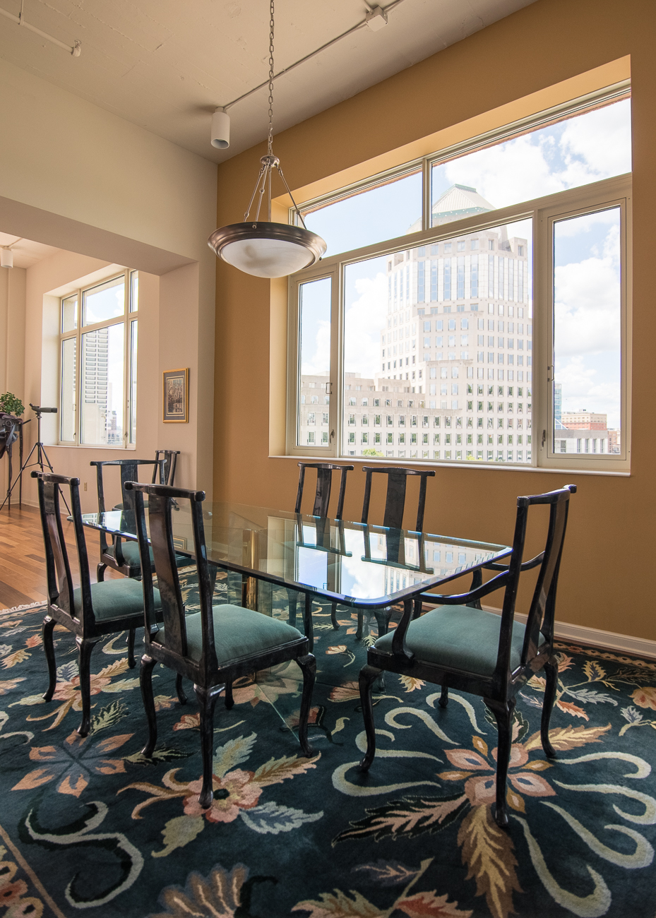 Unit #701 is currently for sale. It is a 3,132-square-foot condo with a view on the northwestern side of the building. It has two bedrooms, and three and a half bathrooms. It's listed by George Verkamp with Sibcy Cline. / Image: Phil Armstrong, Cincinnati Refined // Published: 7.31.18