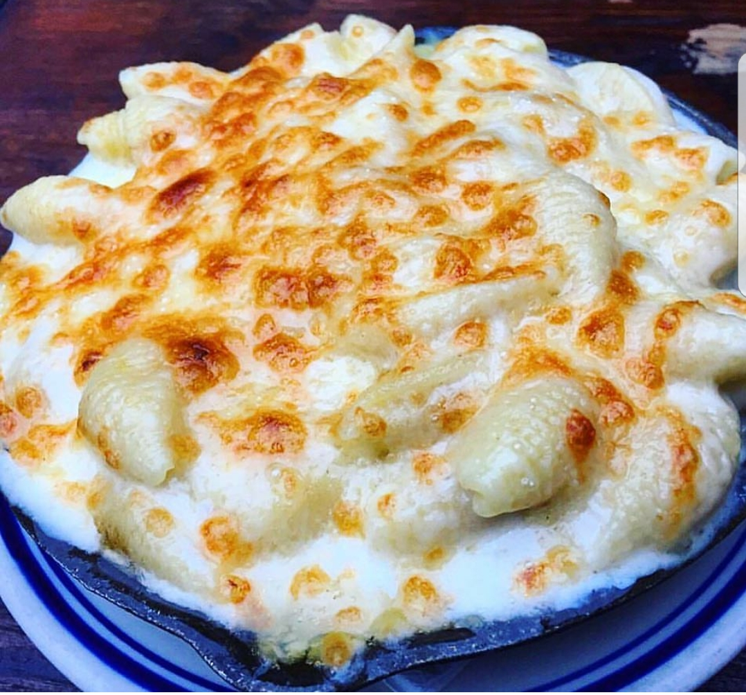 White Truffle Mac and Cheese at Duke's Grocery and Duke's Counter (Photo credit: Duke's Grocery)<p></p>