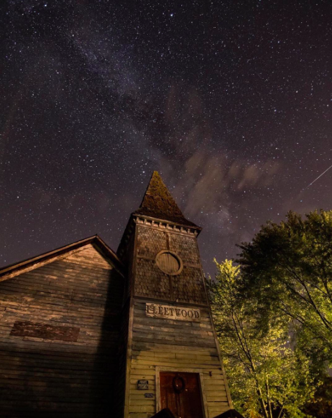 IMAGE: IG user @dwissman / POST: Abandoned church somewhere in Virginia.