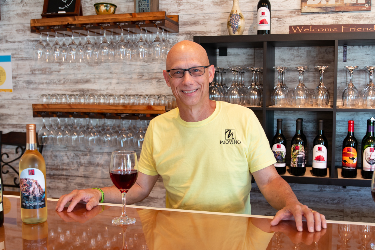 <p>General manager Brian Hewitt behind the bar at the Mason location / Image: Elizabeth A. Lowry // Published: 9.30.20</p>