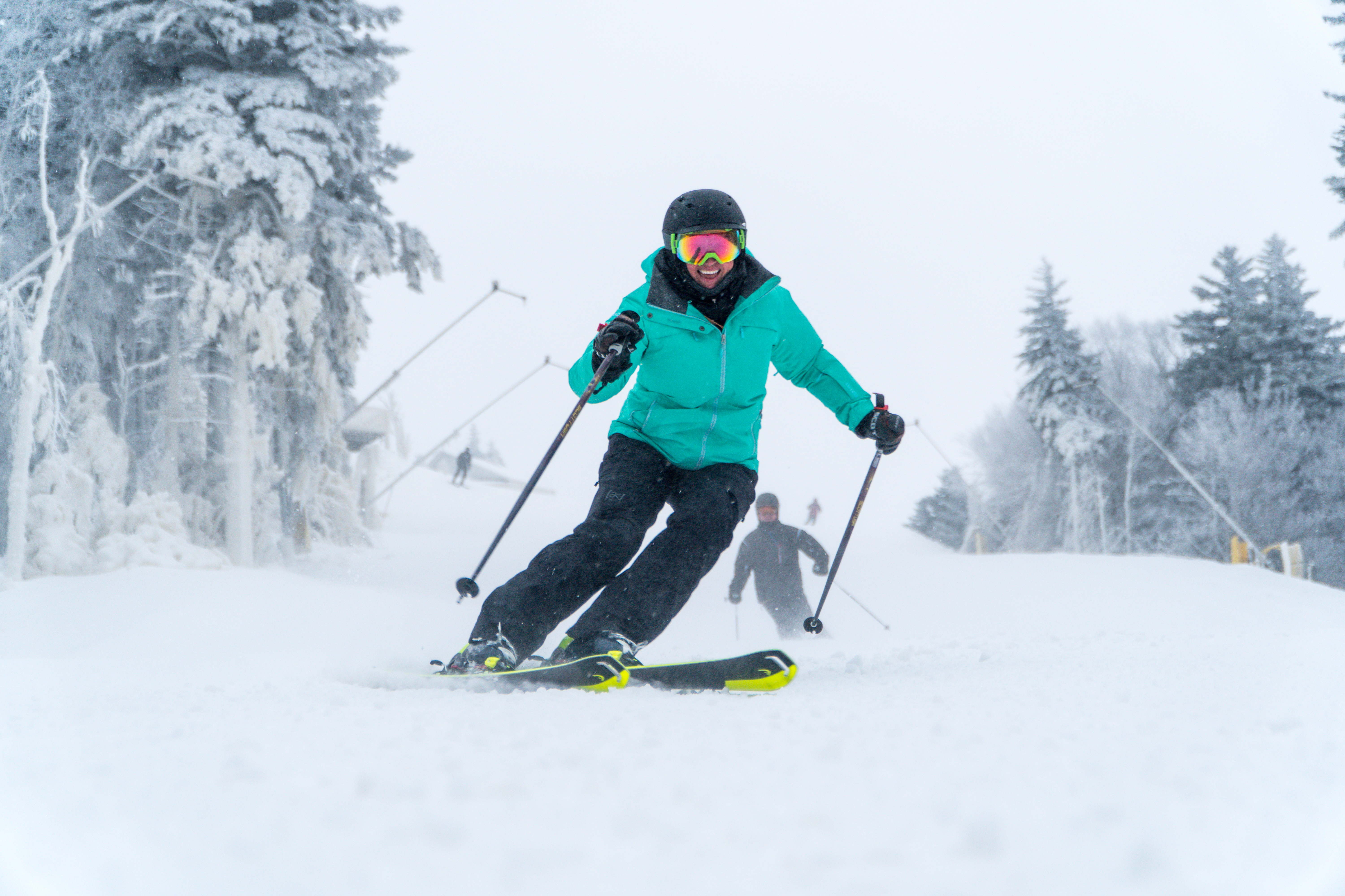 Plenty of resorts within 3 hours of D.C. offer skiing that feels world's away. (Image: Courtesy Snowshoe Mountain Resort)