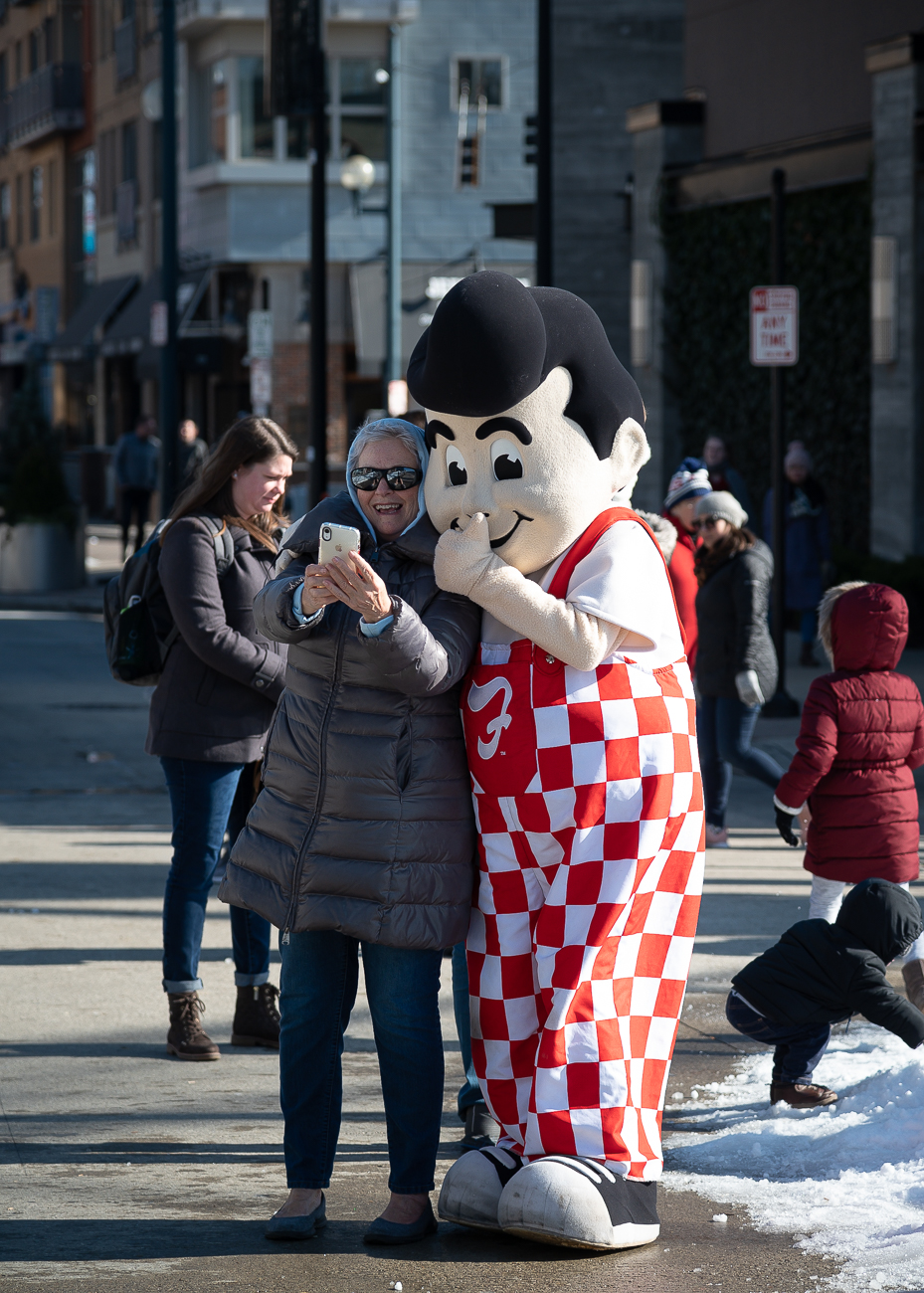 Gettin' a selfie with Big Boy / Image: Phil Armstrong, Cincinnati Refined // Published: 1.6.20
