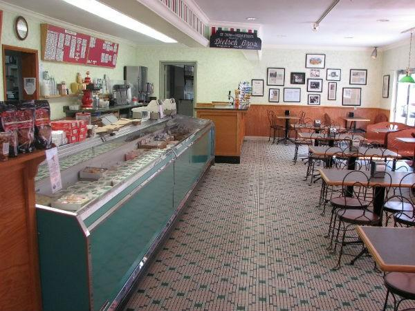 Since the 1920s, this family run sweet shop has served up homemade ice cream to those who come from near and far. Traditional flavors include strawberry, coffee, and lemon custard while pumpkin, eggnog, and red velvet are among the seasonal samplings.