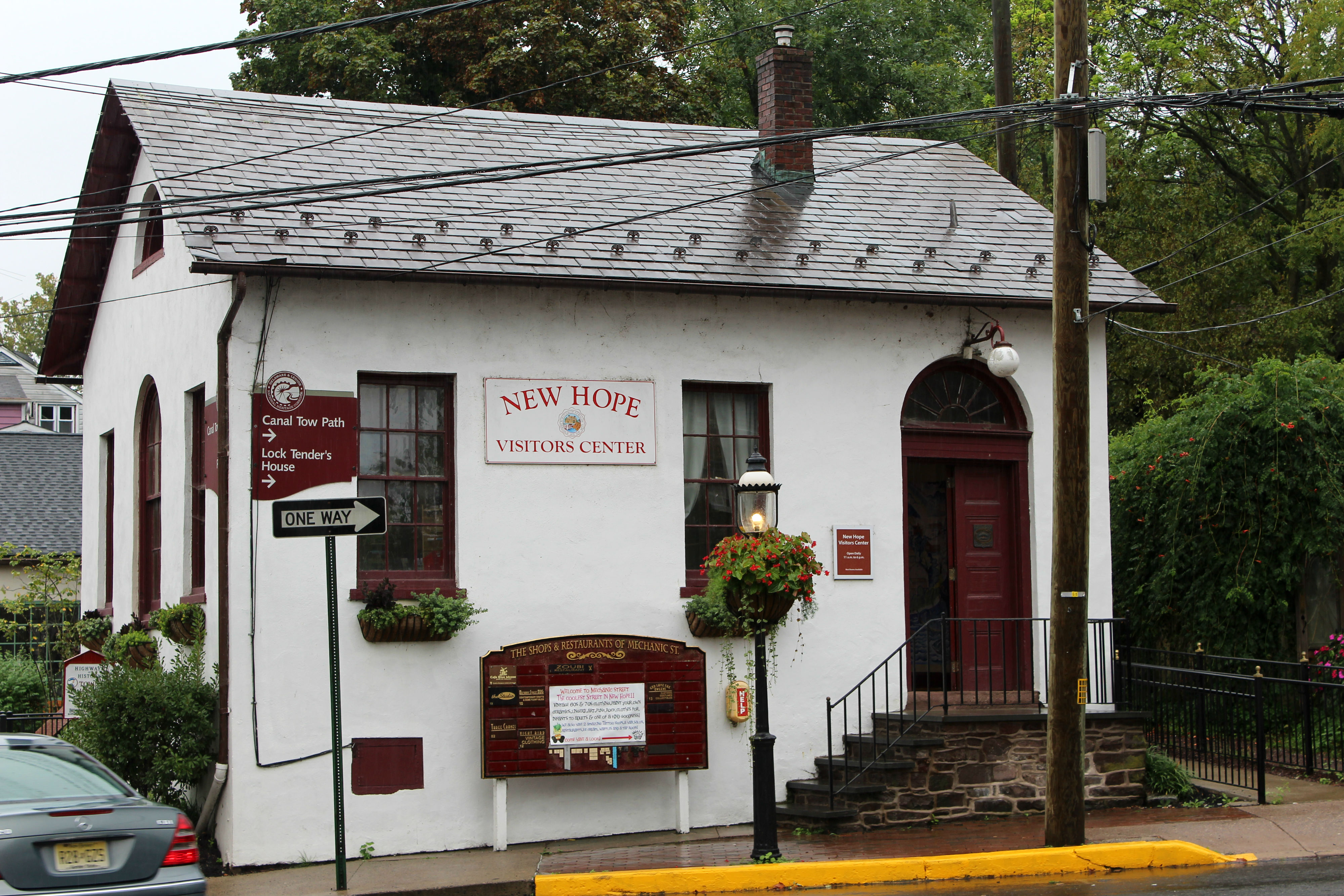 The New Hope Visitor's Center was built in 1839 and was the town's first town hall, school and jail.{ }(Image: Julie Gallagher)