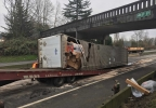 161201_wsp_i5_chehalis_semi_crash_6_1200.jpg