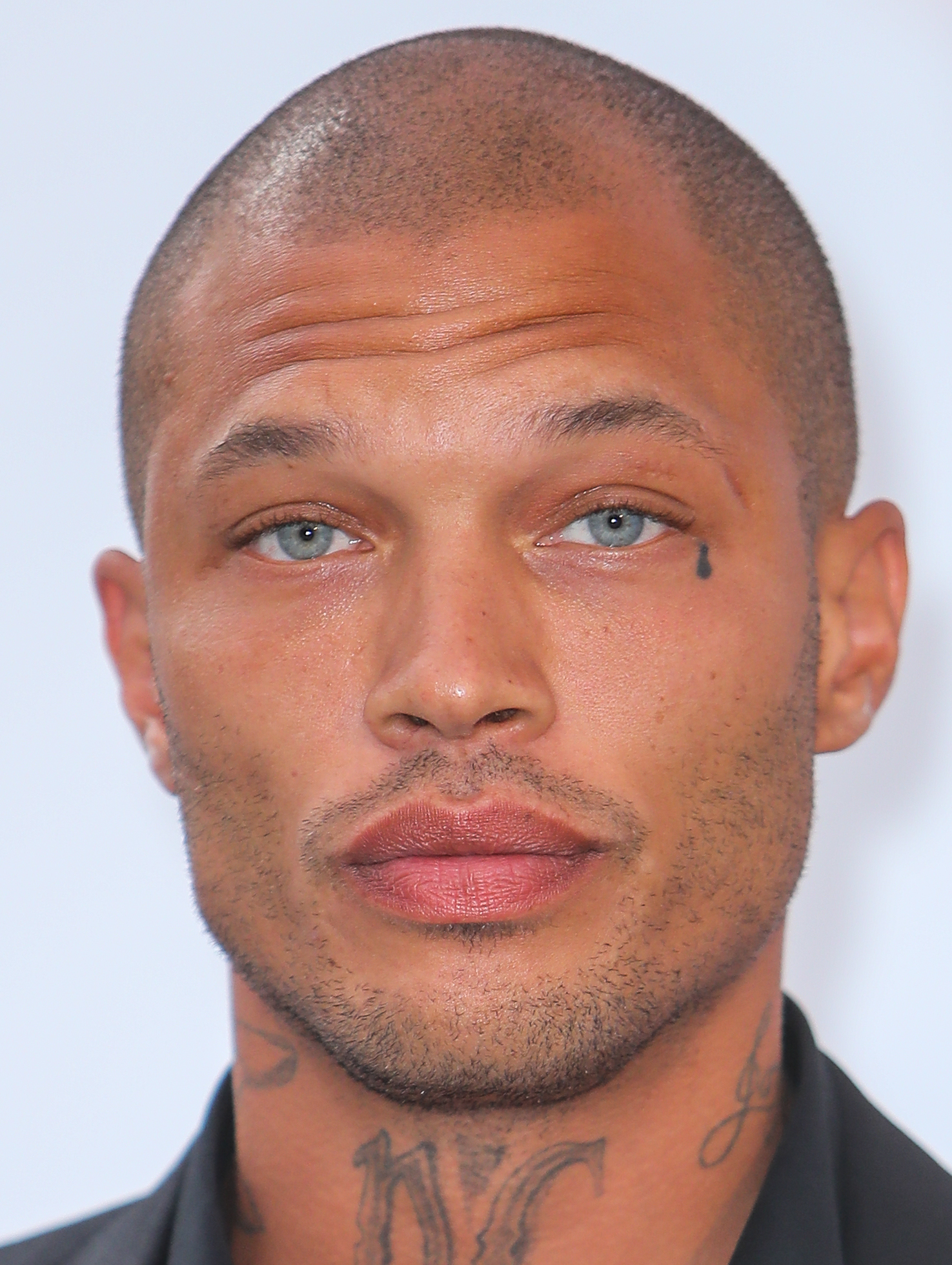 Arrivals for the 24th annual amfAR fundraiser during the Cannes Film Festival at the Hotel Eden Roc in Cap D'Antibes  Featuring: Jeremy Meeks Where: Cap D Antibes, United Kingdom When: 25 May 2017 Credit: John Rainford/WENN.com