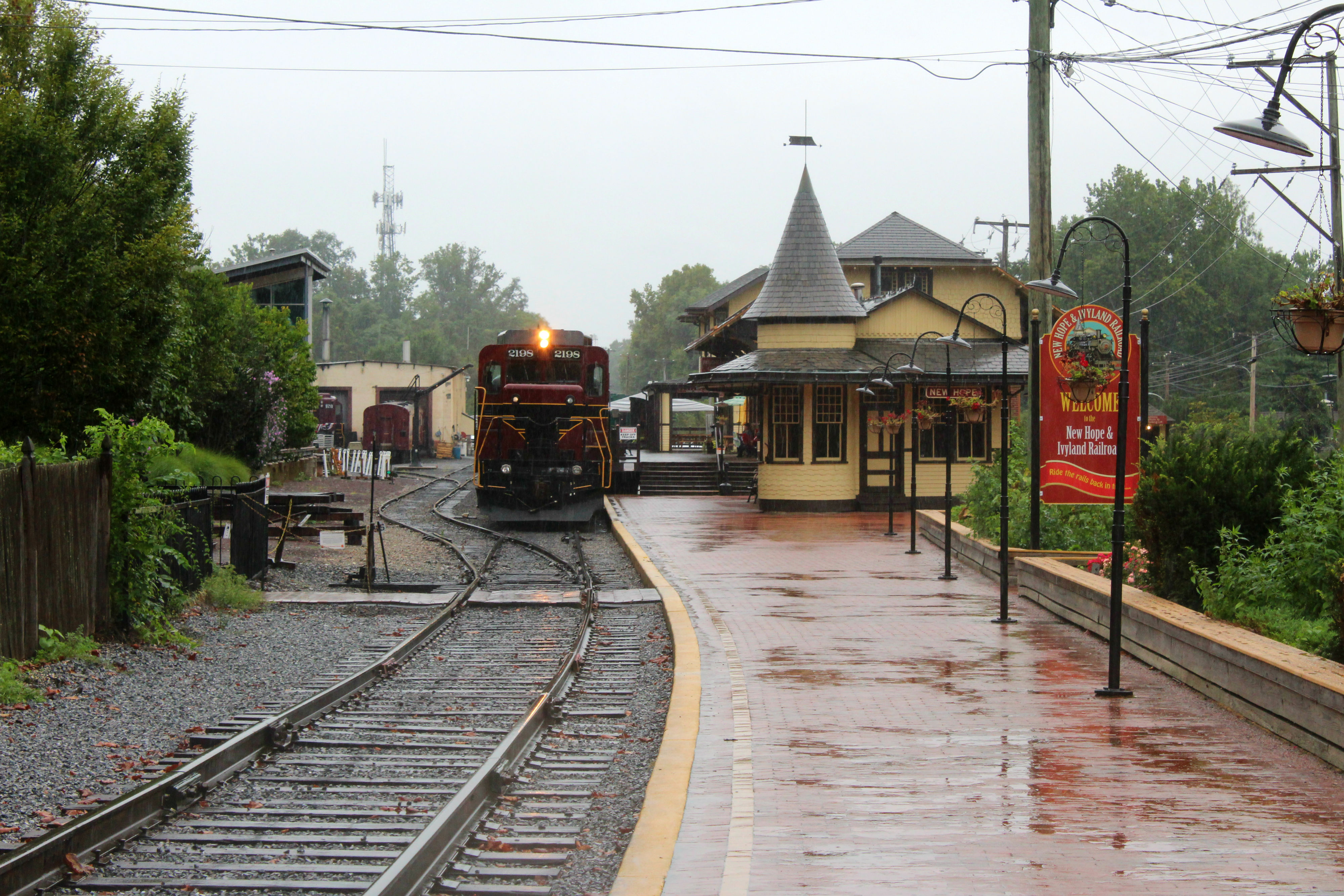 The New Hope & Ivyland Railroad is one of the main tourist attractions in the town. Hope aboard for some sight-seeing in the hills of Bucks County. The railroad also has Haunted Halloween excursion rides coming up Oct. 11-31 for those who want to take a trip this October!{ }(Image: Julie Gallagher)
