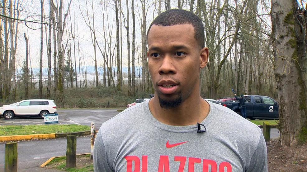 Blazers forward Rodney Hood helps clean North Portland park