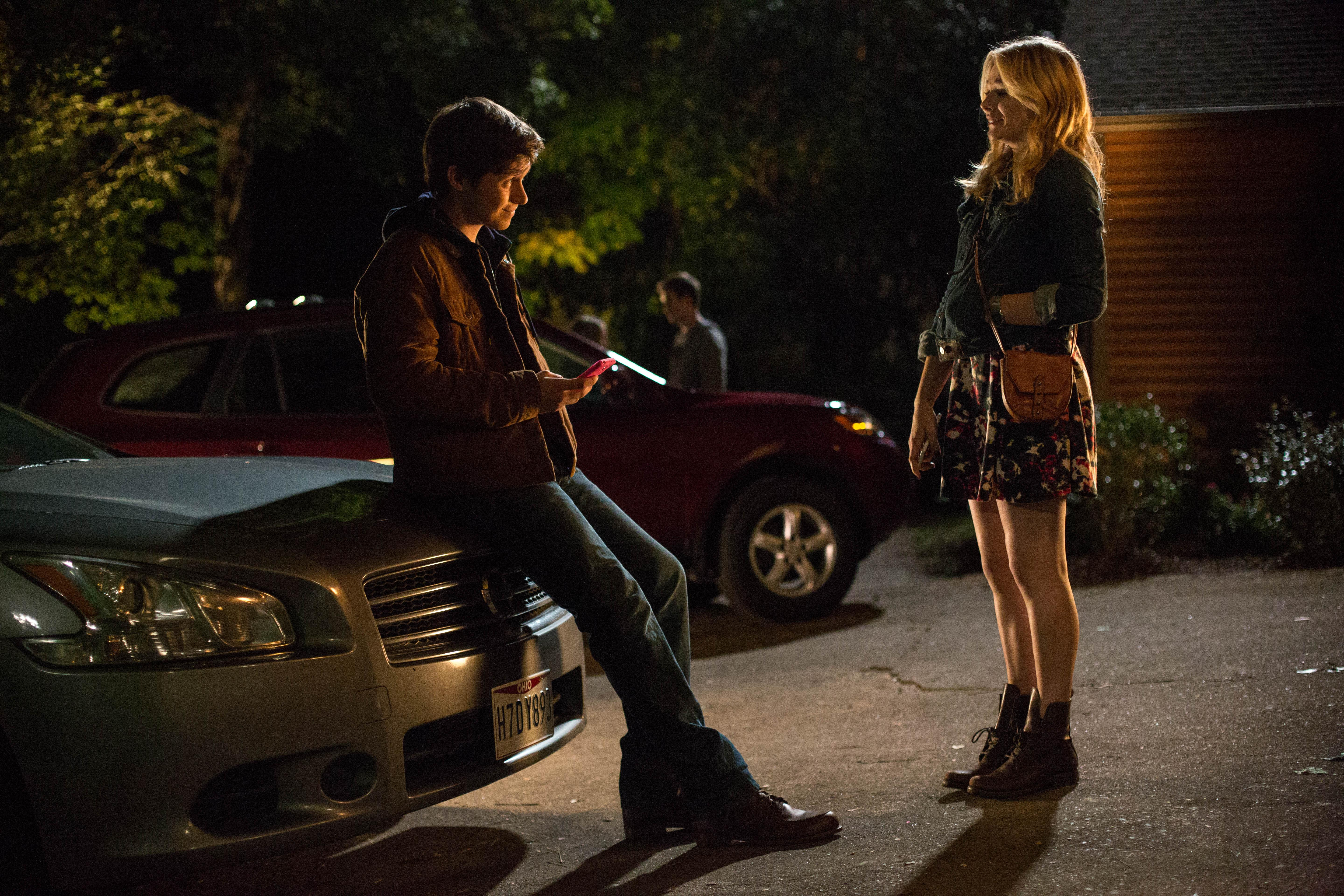 "Nick Robinson and Chloe Grace Moretz star in Columbia Pictures' ""The 5th Wave."""