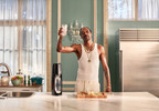 Snoop Dogg 'saves the planet' in new anti-plastic bottle holiday ad sodastream (3).jpg