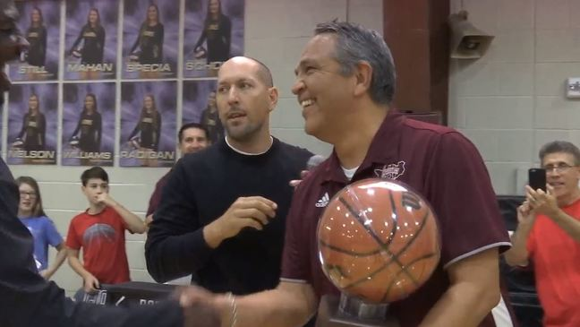 San Antonio Christian coach John Valenzuela gets win No. 600