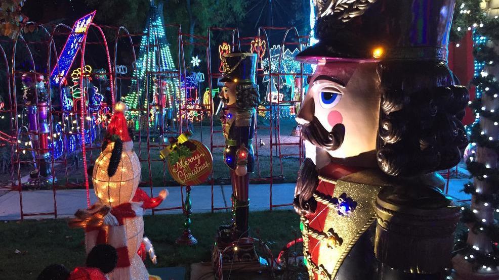 Christmas Tree Lane in Fresno (Photo by Kyle Dwelle) - Christmas Tree Lane Walk Nights KMPH