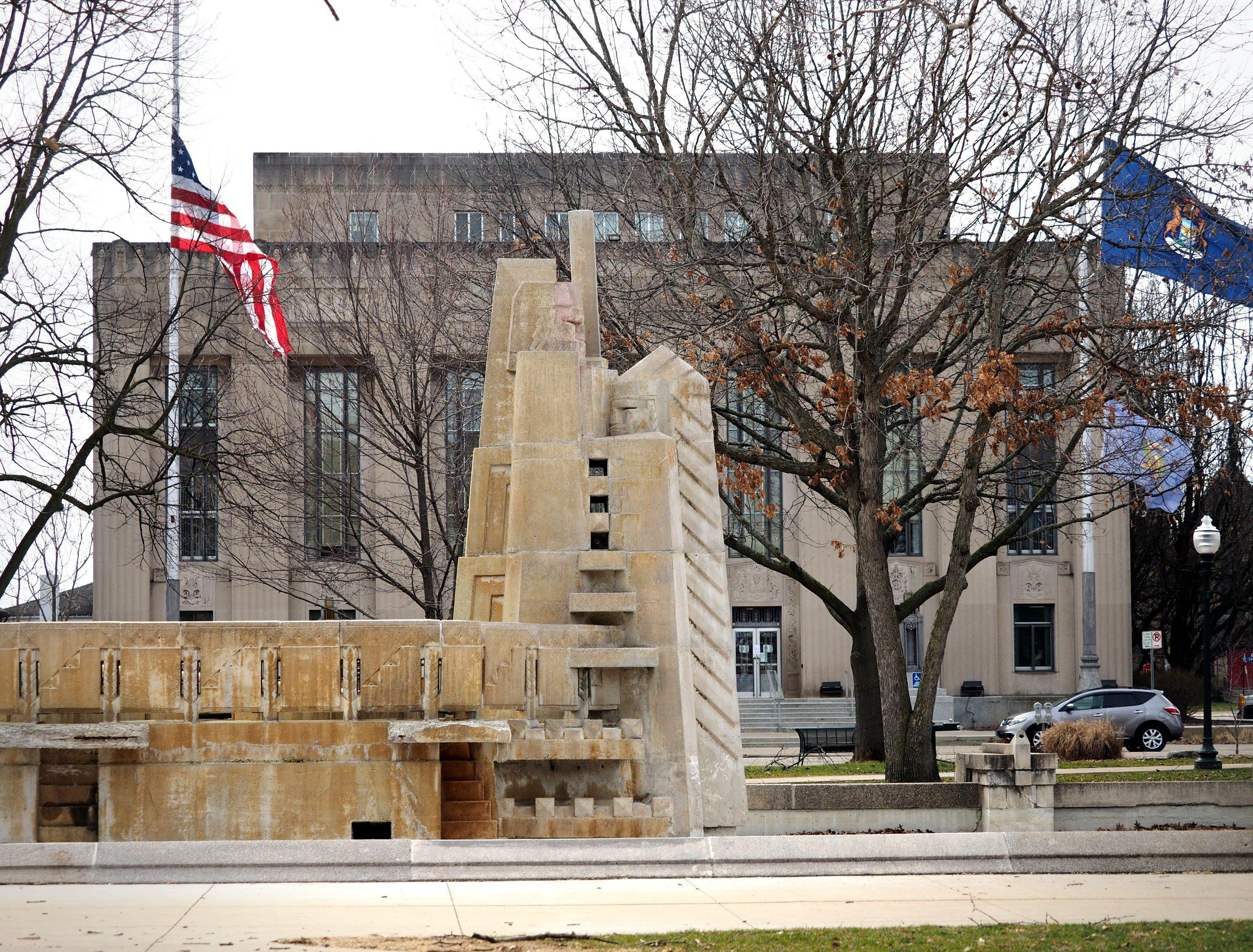 This May 5, 2018 photo shows the Fountain of the Pioneers in Bronson Park in Kalamazoo, Mich. (Mark Bugnaski/Kalamazoo Gazette-MLive Media Group via AP)