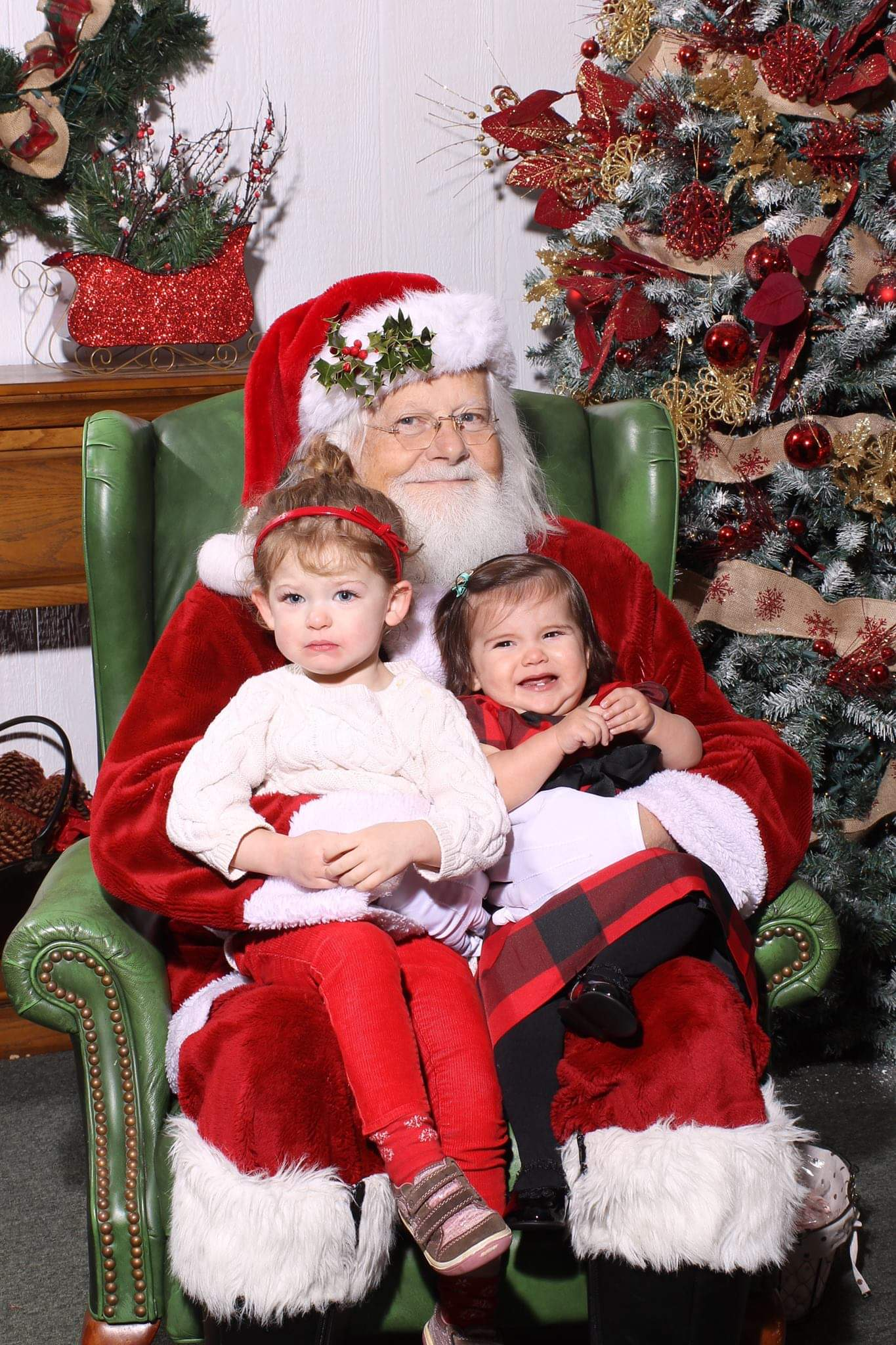 Ah, Santa Claus - the glorious bearded man in the big red suit who fulfills our kiddos holiday dreams and wishes.  Also doubling as, apparently, the scariest man alive. Grab a glass of eggnog, sit back and feast your eyes on these Santa pics gone wrong - or as I call them...realistic Santa pics. (Image: Megan and Brian Harrington)<p></p>