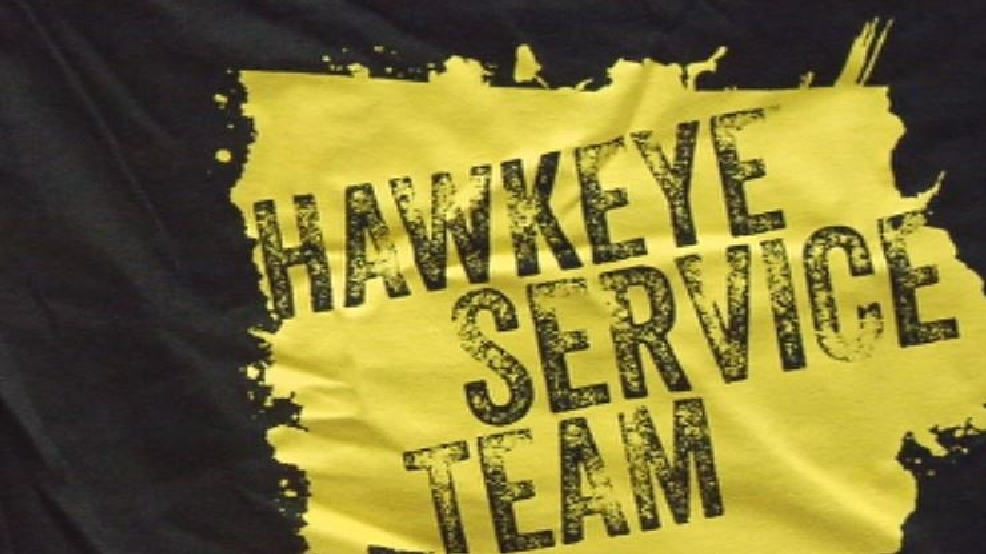 hundreds of hawkeye students choose spring break