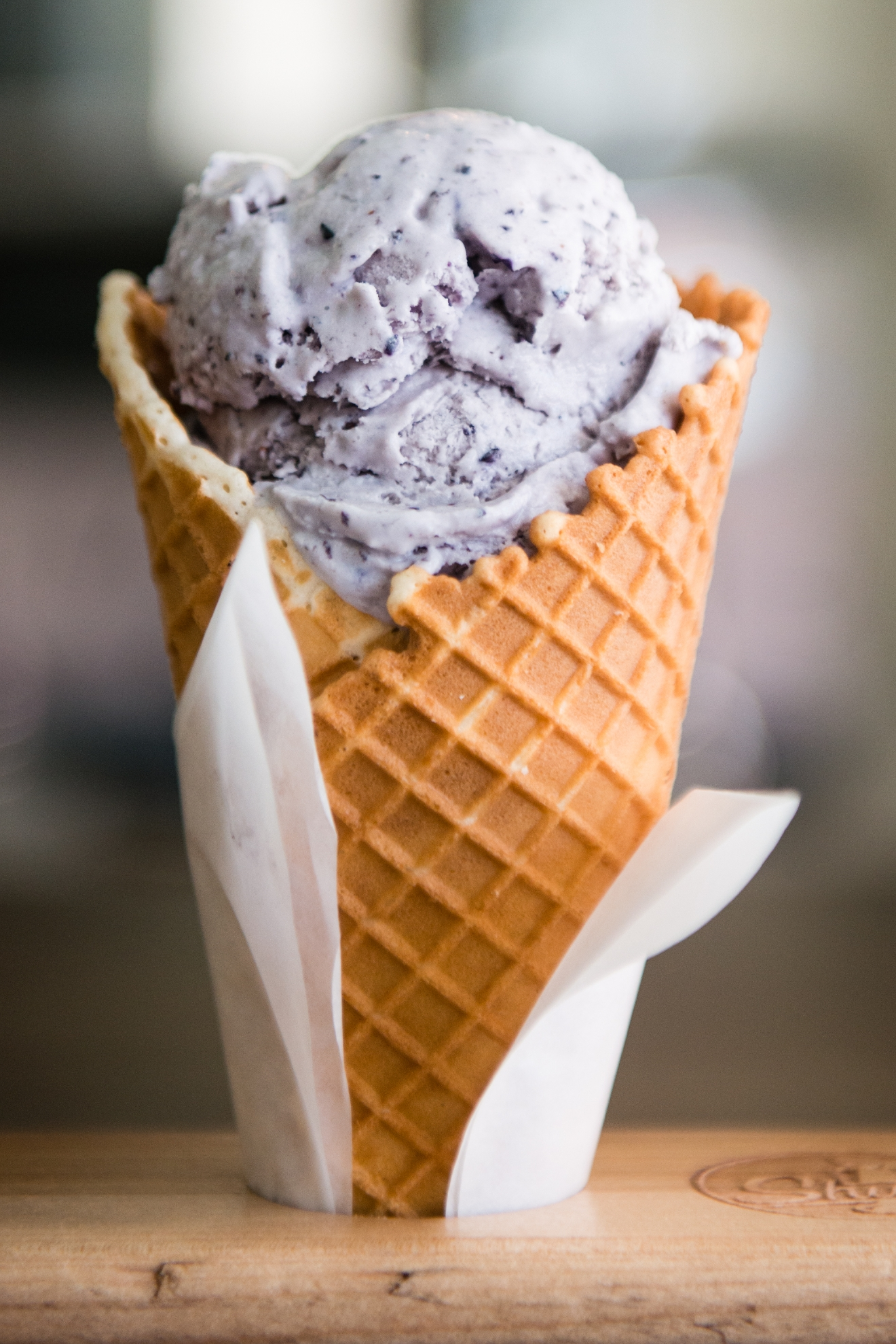 Shug's serves Lopez Island Creamery ice cream, some of the PNW's finest. Click on for photos of the sun filled and vintage inspired space! (Image: Chona Kasinger / Seattle Refined)