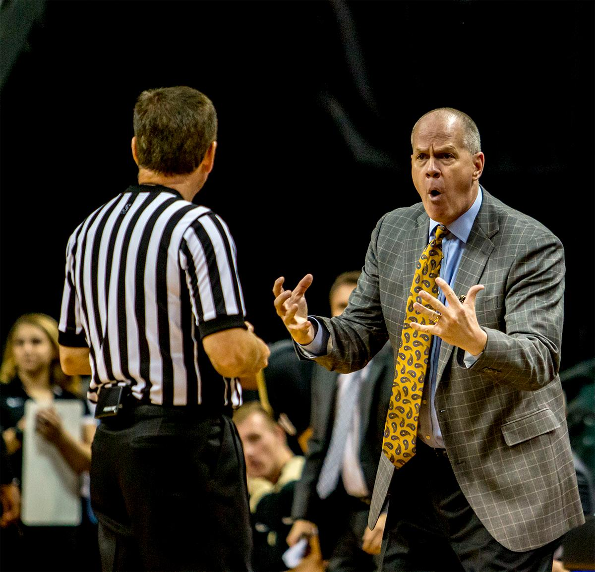 The Buffaloes head coach Tad Boyle argues with the referee over a call. The Oregon Ducks defeated the Colorado Buffaloes 77-62 at Matthew Knight Arena on Sunday. Troy Brown had a season-high score of 21 points, Elijah Brown added 17, while Kenny Wooten and Payton Pritchard added 13 and 12 respectively. Oregon is now 1-1 in conference play. The Ducks next face off against the Oregon State Beavers in Corvallis on Friday, January 5th. Photo by August Frank, Oregon News Lab