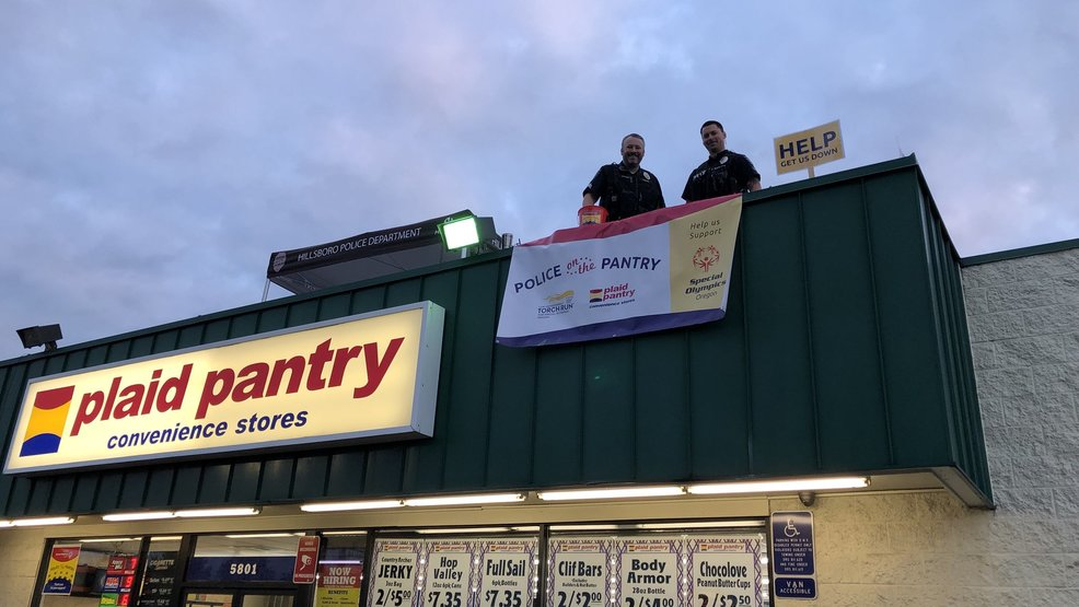 Police Post Up On Plaid Pantry Roofs Ask For Donations To