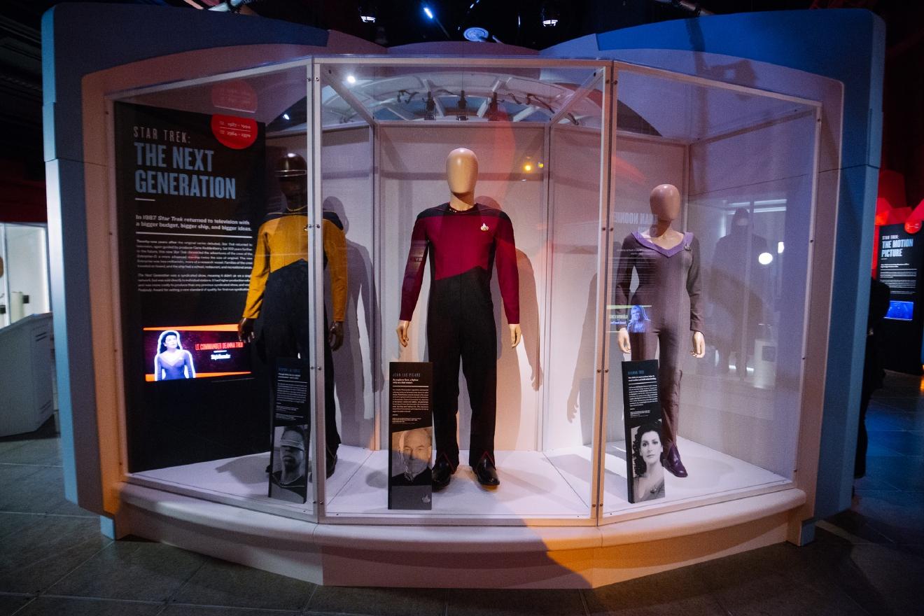 Trekkies Unite New Star Trek Exhibit Hits Emp Museum