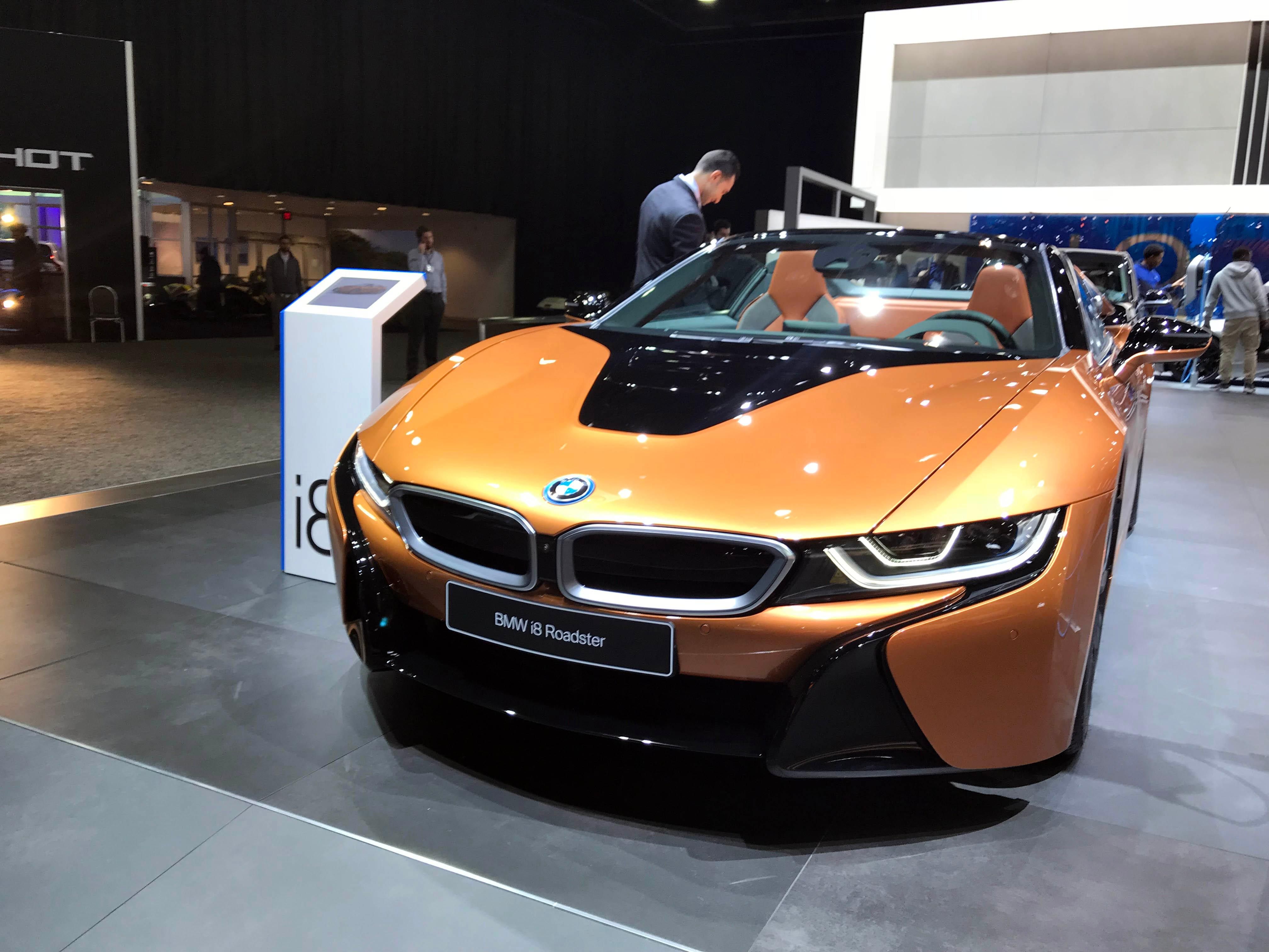 PHOTO GALLERY Cool Cars At The Detroit Auto Show - Cool cars images