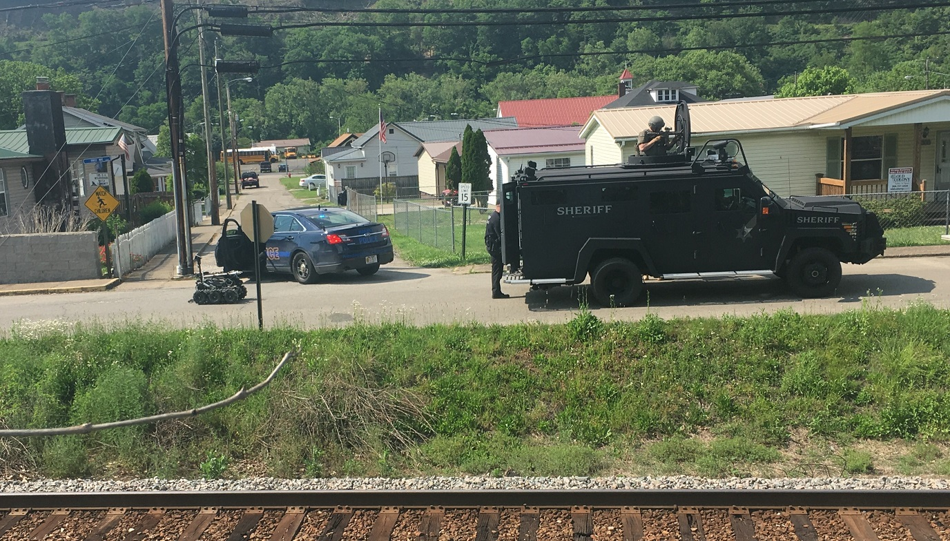 A SWAT team responds in East Bank. (WCHS/WVAH)